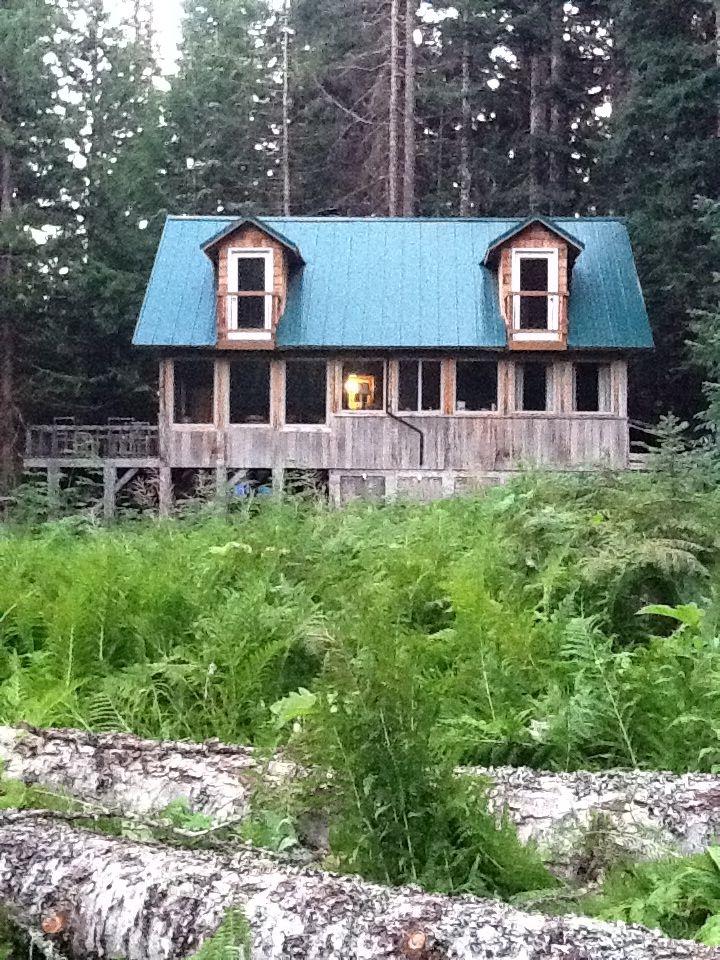 Barlow Cabin At Trillium Lake Basin Cabins At Mt Hood